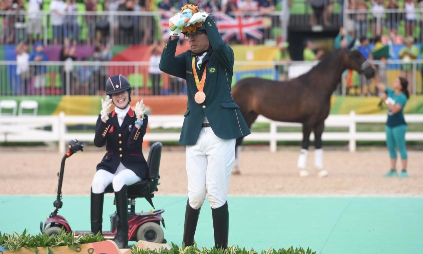 Brasil ganha Bronze no hipismo, nas paralimpíadas