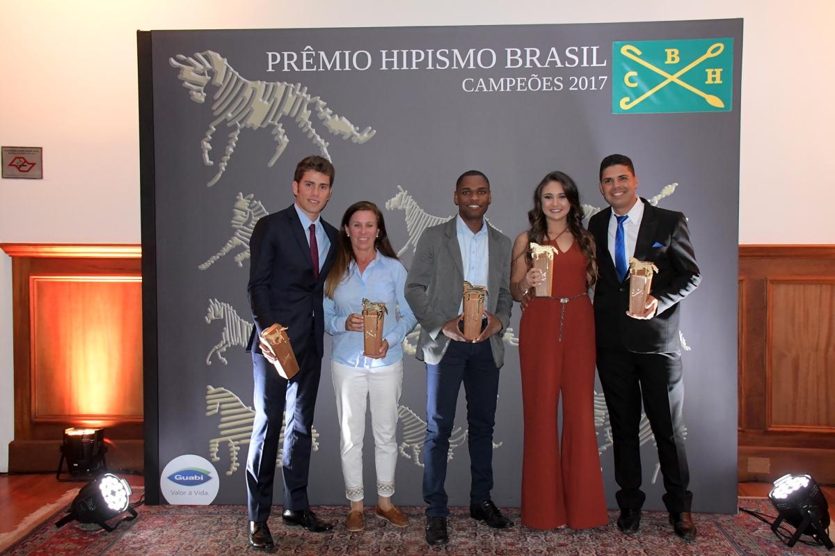 Entregue o Prêmio Hipismo Brasil