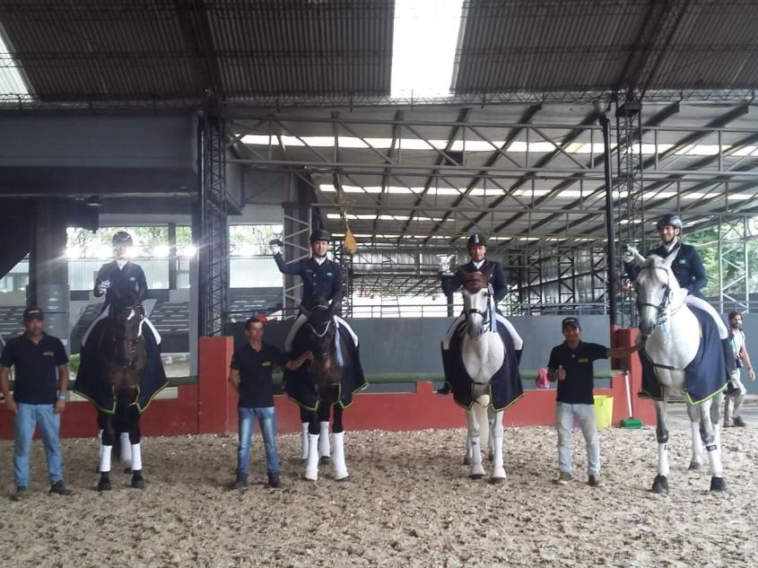 time_Brasil_Argentina_cavalos-2211